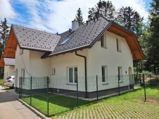 Villa Melody Lake Bohinj - 3 bedroom holiday villa, Bohinjska Bistrica