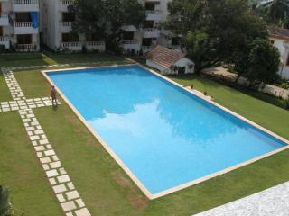 1BHK Apartment with Swimming Pool, Candolim Beach