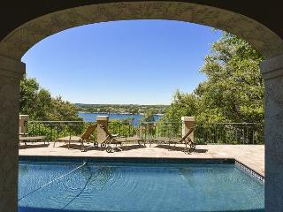 5BR/4BA Incredible House with Pool, Sweeping Lake Travis Views, Sleeps 10, Lakeway