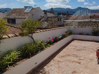 Large condo with attic and two terraces, Antequera