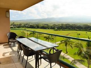 Maui Resort Rentals: Honua Kai Konea 412 - Excellent Value, 1BR + Den, Lovely