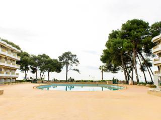 zona comunitaria con piscina