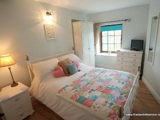 Porlock Hideaway - Cosy apartment in central Porlock - sleeps 2