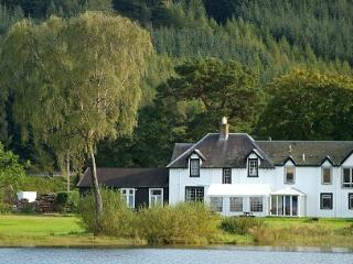 Tibbies Loch Side Apartment, Selkirk