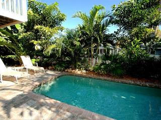 SO CLOSE TO THE BEACH WITH HEATED POOL!, Holmes Beach