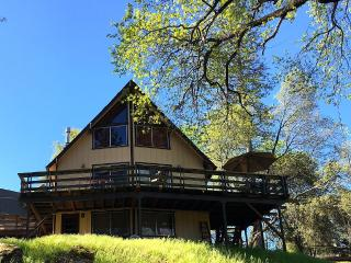 Super Sweet Chalet located in Pine Mountain Lake, Parque Nacional de Yosemite