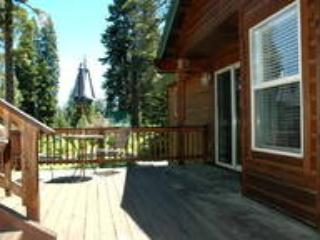 Ideal Truckee, North Lake Tahoe location., holiday rental in Truckee