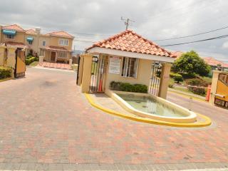 Mango Walk Country Club Suite, Montego Bay