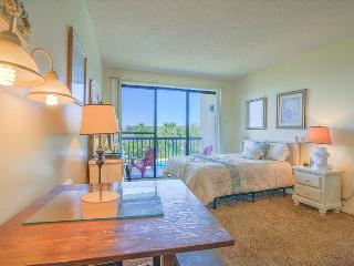 Pirates Bay A302-Studio-AVAIL7/4-7/16 -RealJOY Fun Pass- *2 Nt. Stays*BoatSlipsAvail, Fort Walton Beach