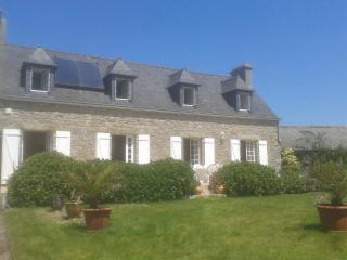 wonderfull farm house in Brittany on the coast, Guisseny