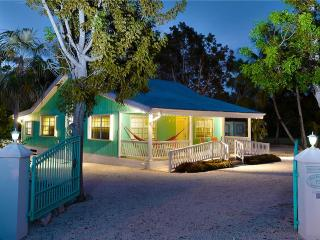 2BR-Sea Beauty, Grand Cayman