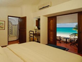 Ocean Front Master Suite with Private Pool, Playa Maroma