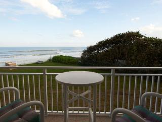 Gorgeous Oceanview Renovated Condo, Satellite Beach