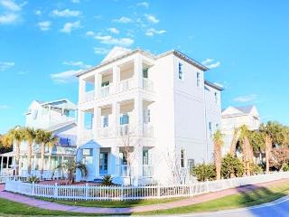 Sea N Stars: Brand New Luxury! 6 Bdrm, Pool!, Destin