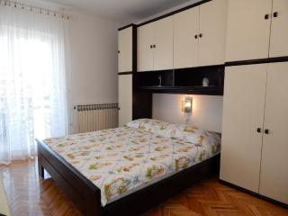 TH01304 Apartments Valentić / One Bedroom A6