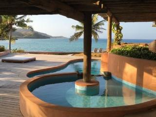 VILLA MALOLO, FIJI - 4 B/room luxury Island living, Malolo Lailai Island