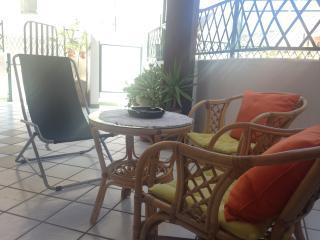 Casa vacanza vicino al mare con ampia veranda, Realmonte