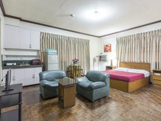 Broadway Court Apartelle in Manila Philippines