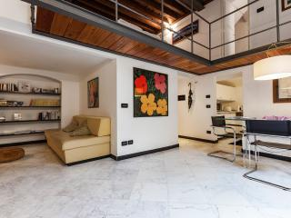 Loft in San Lorenzo 2 - acquario, opt Parking