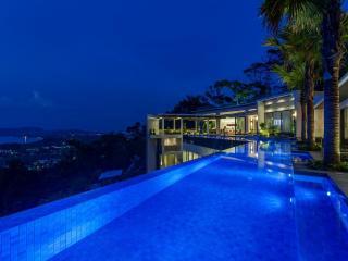 Villa Zavier Surin Beach Ultra Luxury w Sea View