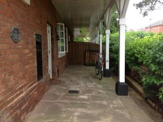 Central location in a quiet safe area, Exeter