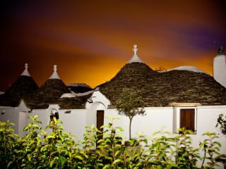 Trulli d'epoca originali del 1700 'Impronte d'Itria' - Elegante casa vacanze