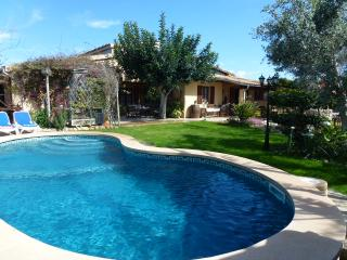 Casa campo con piscina 3 dorm.