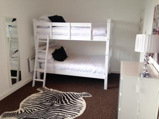 Deansgate Penthouse sleeps 12, Manchester