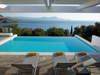 Luxury Sunset 1 villa private pool ideal location, Vlycha