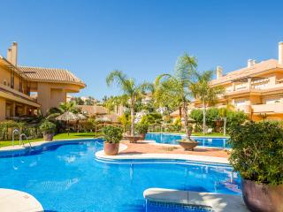 Apartment no 19 Aloha Hill Club Marbella, Puerto Banus