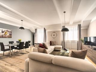 Old Town - Superior 2bdr | Krocinova Art Residence, Prague