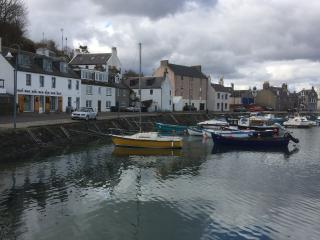 Tranquil harbourside location