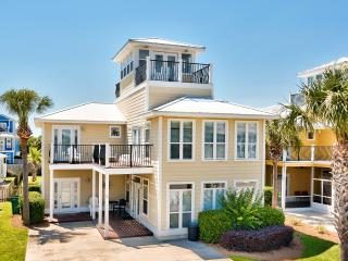 Private Pool! Close to Beach, 5 bedroom Sleeps 16, Destin