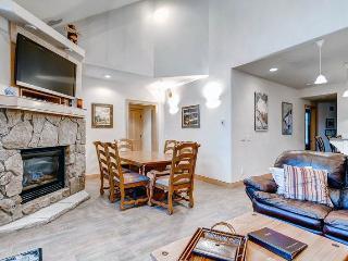 Beautiful Breckenridge 3 Bedroom Walk to lift - PL305