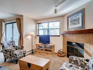 Beautifully Appointed Breckenridge 1 Bedroom Ski-in - RW204