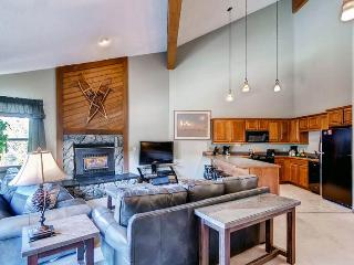 Convenient Breckenridge 2 Bedroom Ski-in - TB3D