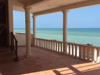 CASA AURORA BEACH CASA! Chuburna Puerto, Yucatan!