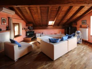 B&B Casa della Musica sul lago ROOM MOZART, Mandello del Lario