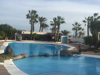Cozy 1 bed apt, Big terrace, Pool, Free Wi-Fi, Golf del Sur