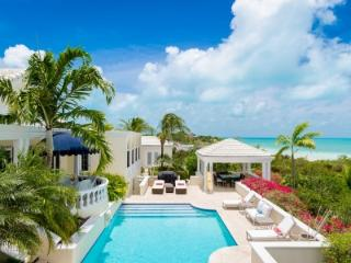 Luxurious 5 Bedroom Beachfront Villa with Pool in Sunset Bay, Providenciales