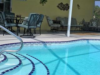 AUGUST SPECIAL 475 per week or 1100 for month, Port Charlotte