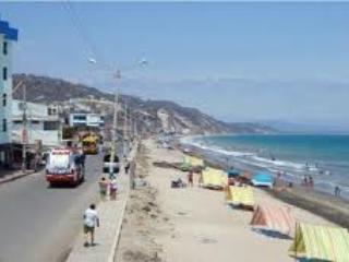ENJOY  SAFE RELAX AND COSY BEACH APARTAMENT ( CRUCITA -ECUADOR )