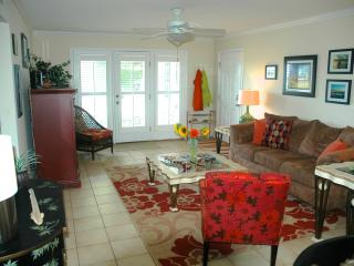 Ocean View 2 Bedroom Condo.  Ground Floor, St. Simons Island