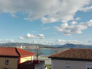 Piso de 3 habitaciones con vistas al mar