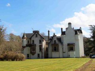 153-Historic Highland Castle, Struy
