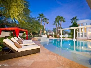 *** SALE*** Luxury 11K sq ft Mansion + Guest home, Paradise Valley