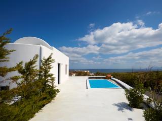 Amor Hideaway one bedroom villa with pool, Exo Gialos