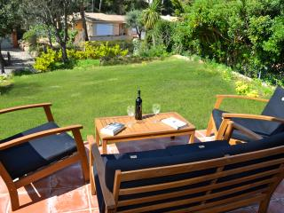 Close to the beach Townhouse  with Garden, Begur