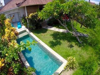 Villa Frangipane, 2 BR, Seminyak, Oberoi, Bali