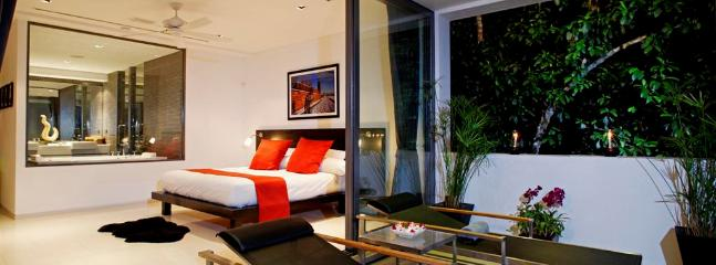 Villa Zamani Master Bedroom